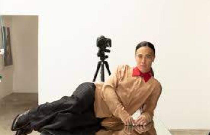 Découvrez l'univers hybride de Wu Tsang à l'exposition de Lafayette Anticipations